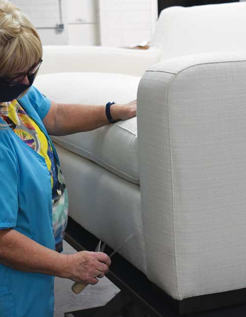 sofas made in usa, best made furniture, 8 way hand tied sofa manufacturers, cushion filling materials